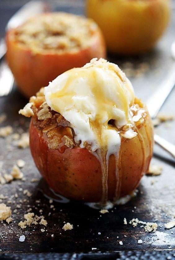 Замороженные целиком яблоки зимой можно запечь