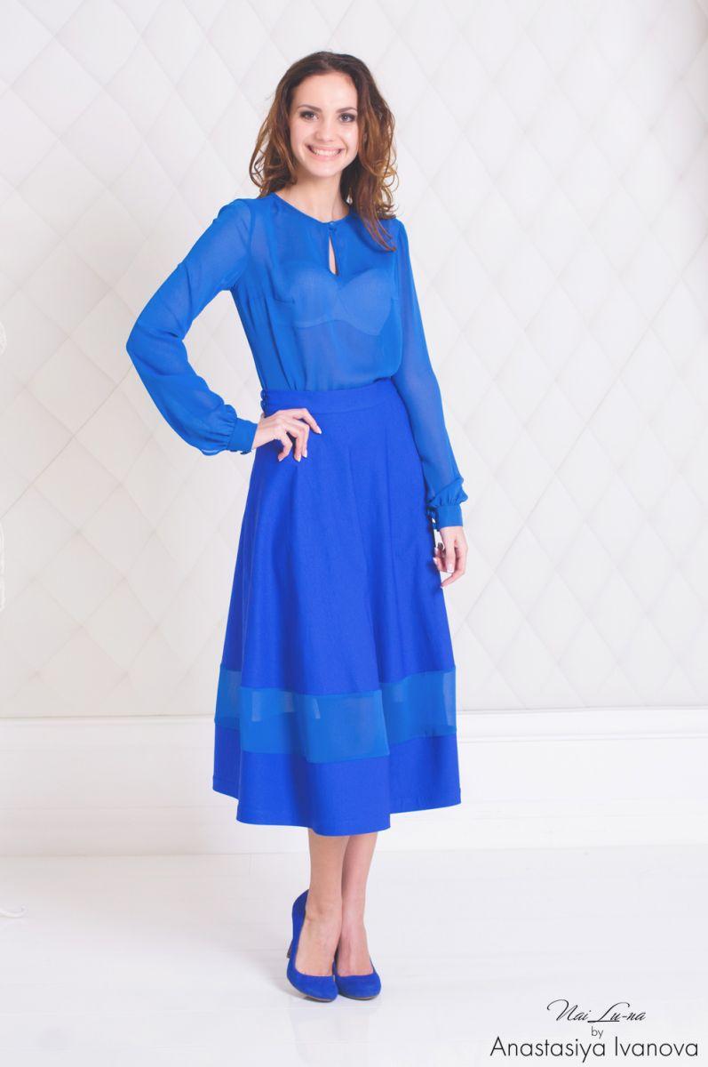 Синий цвет в одежде: его влияние на нашу жизнь - фото №1