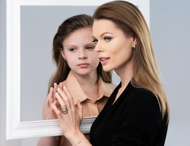 Ольга Фреймут с дочерью Златой фото