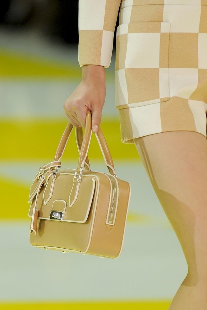 Неделя моды в Париже: шахматная доска от Louis Vuitton - фото №11