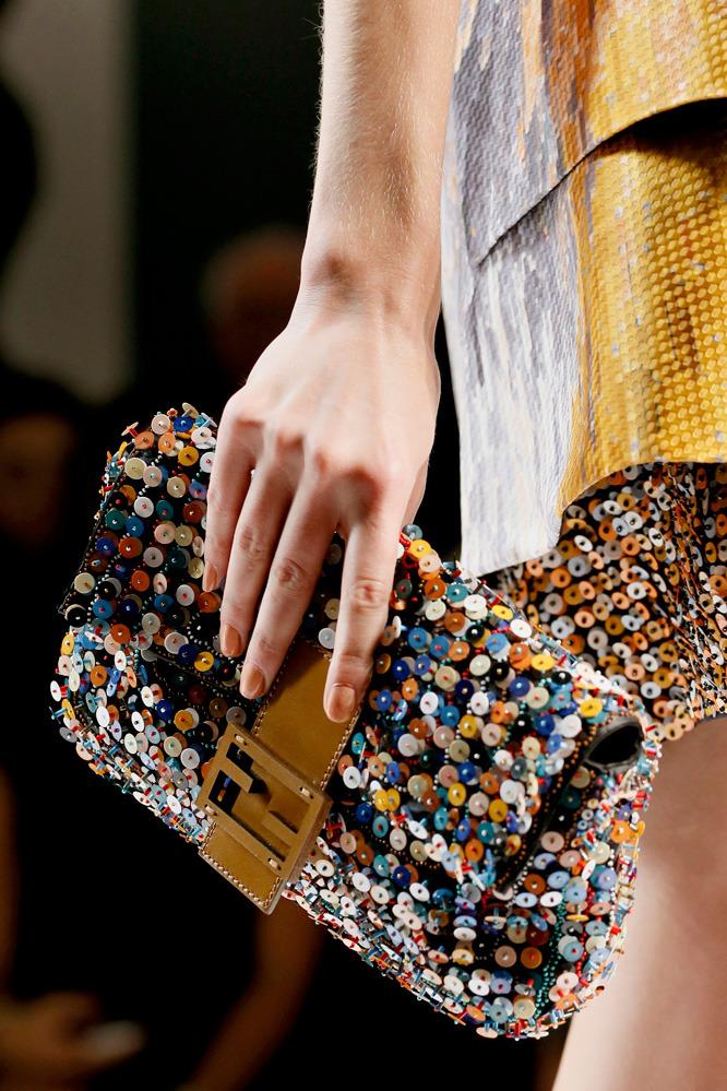 Неделя моды в Милане: футуристичный показ Fendi - фото №5