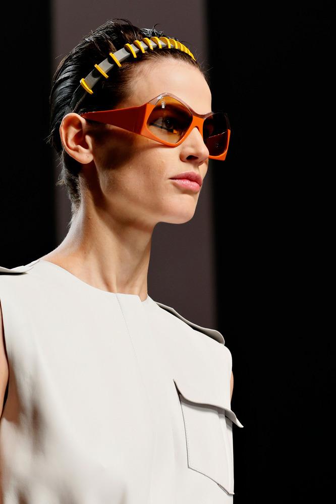 Неделя моды в Милане: футуристичный показ Fendi - фото №2