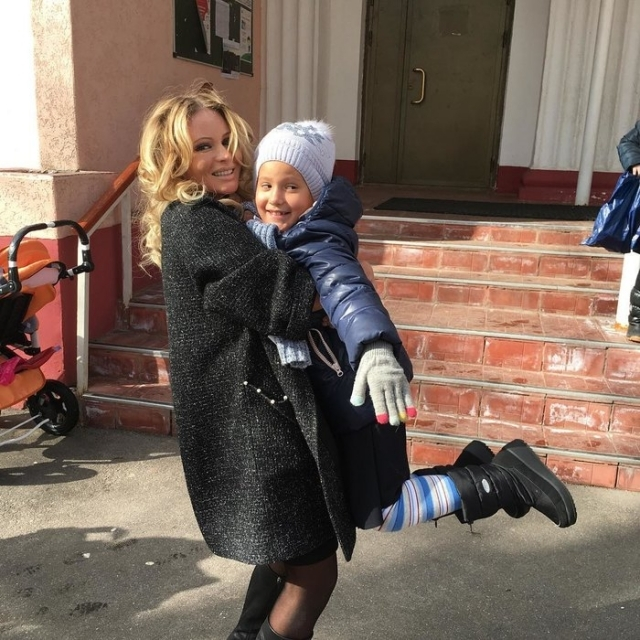 Бывший муж наркозависимой Даны Борисовой хочет отобрать у нее 9-летнюю дочь - фото №1