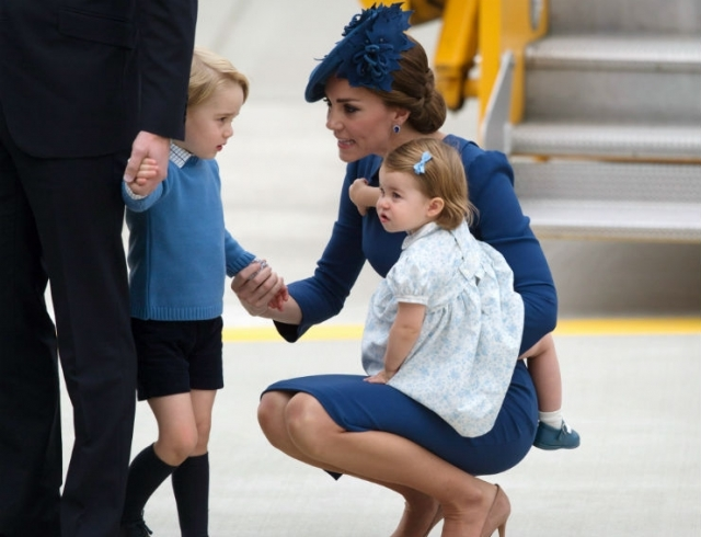 Одно умиление: принц Уильям и Кейт Миддлтон опубликовали новое фото принцессы Шарлотты - фото №2