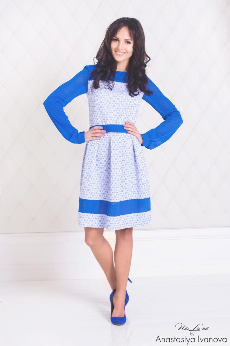 Синий цвет в одежде: его влияние на нашу жизнь - фото №2