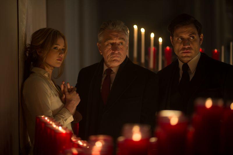 Большие премьеры января: выживший ДиКаприо, веселый Де Ниро и настоящий Шерлок - фото №8