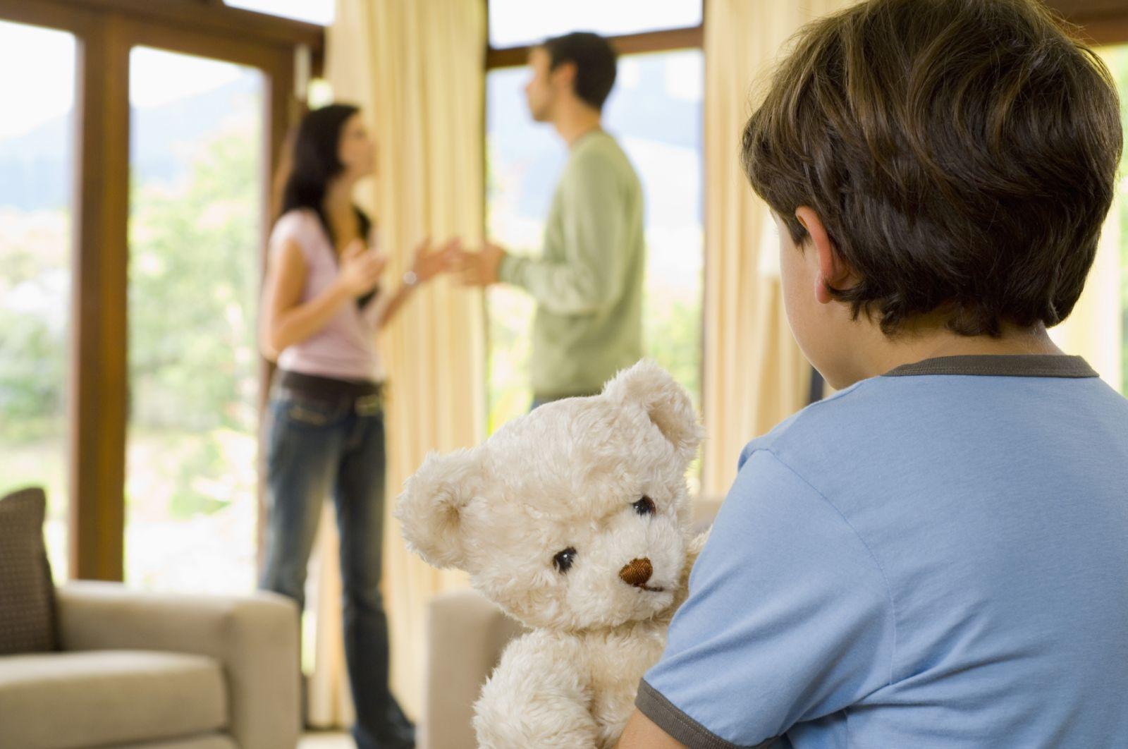 Как рассказать ребенку о разводе родителей - фото №1