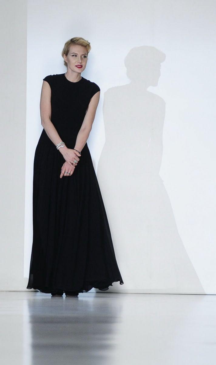 Рената Литвинова представила коллекцию в стиле ретро - фото №2