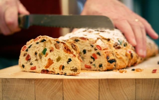 Традиционный рождественский кекс: как приготовить вкуснейший штоллен - фото №3