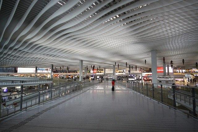 Топ 10 самых красивых аэропортов мира - фото №17