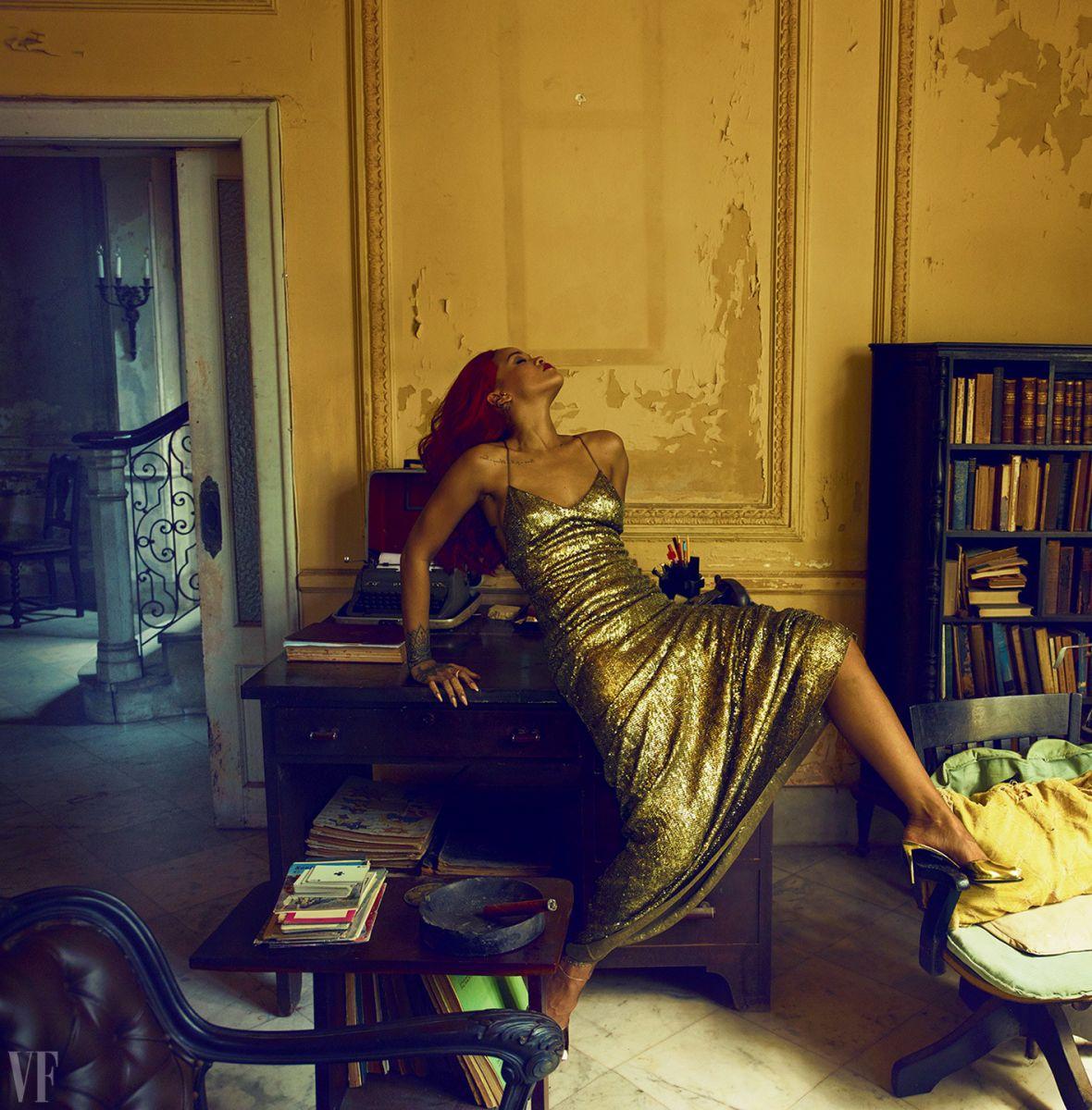 Вторая ипостась: Рианна стала лучшей моделью-знаменитостью года