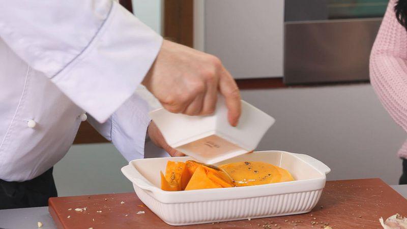 Золотые рецепты звезд: салат из тыквы с помидорами черри и рукколой от певицы Lama - фото №4