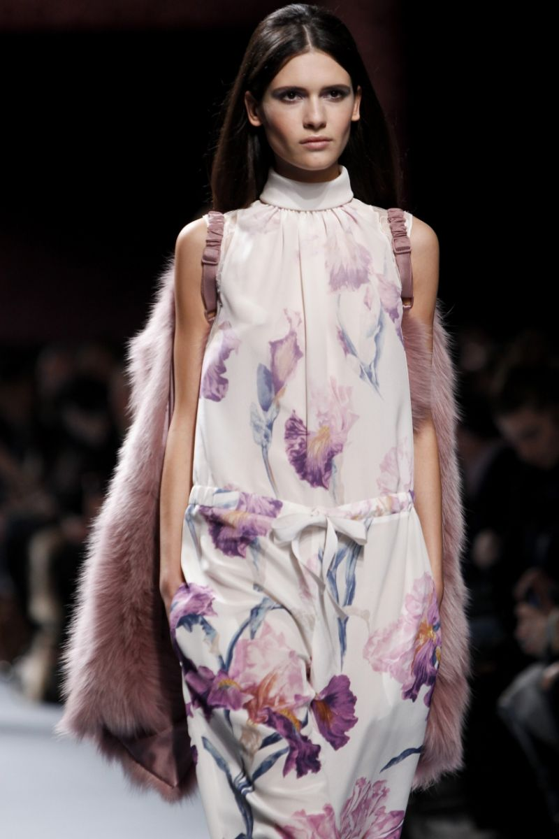 Комбинезон в ирисах от Nina Ricci - фото №1