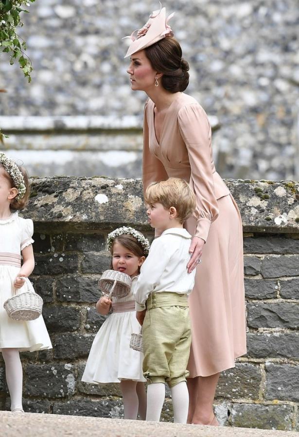 кейт миддлтон с детьми на свадьбе сестры