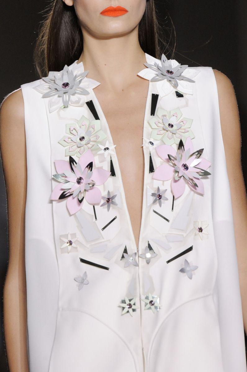 Платье с цветочной перфорацией John Galliano - фото №3