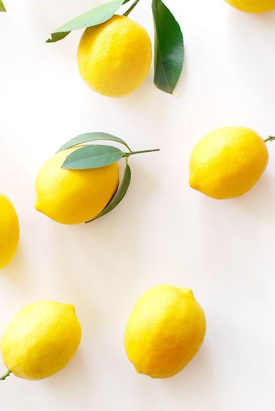 Лимон всему голова: как использовать лимон для ухода за кожей и ногтями (укрепление, отбеливание и скраб) - фото №1