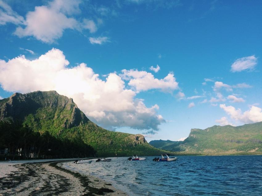 Остров Маврикий: стоит ли лететь больше 10 часов (опыт редакции) - фото №1