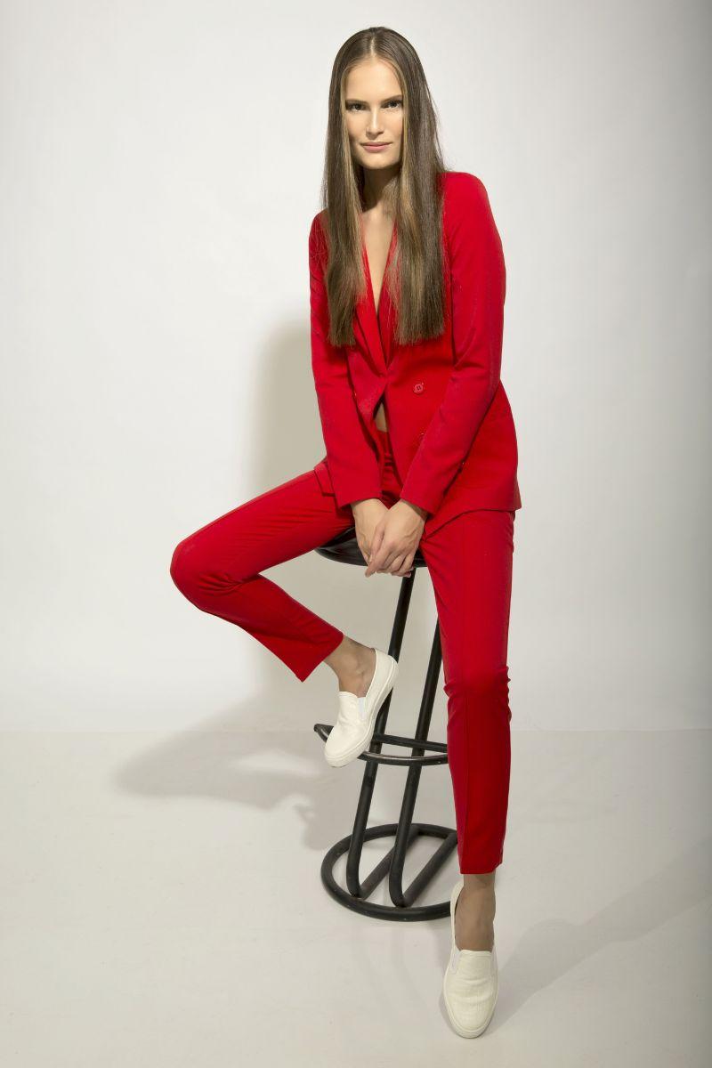 Алла Костромичева: Достигать высот в мире моды украинским девушкам мешает нехватка характера - фото №1