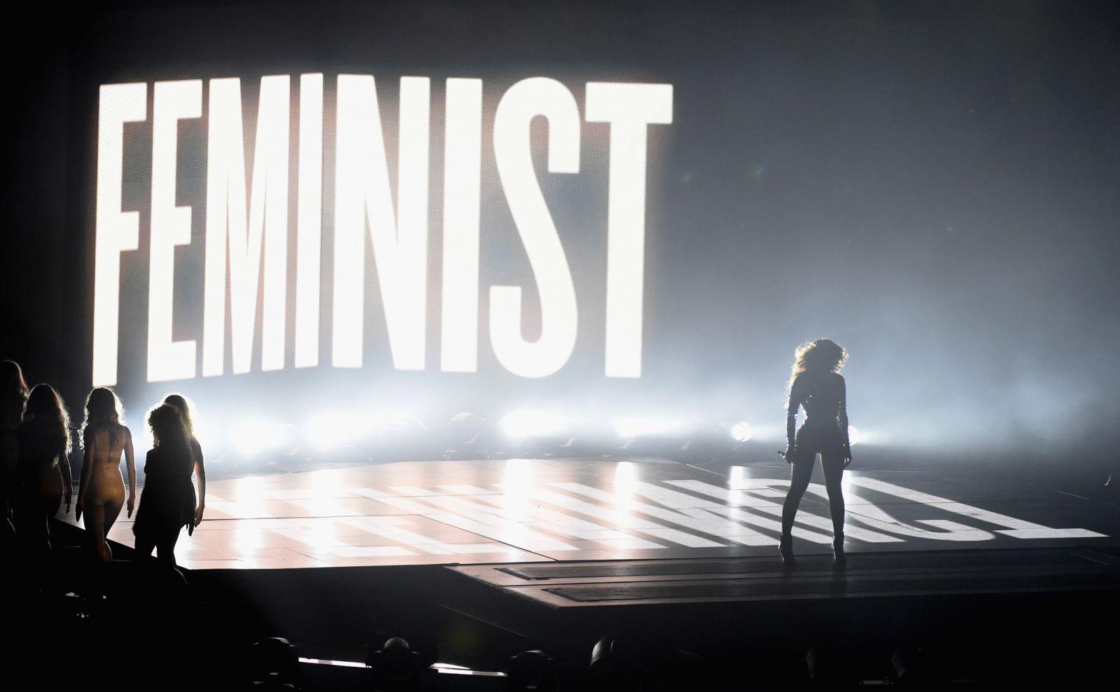 Что говорят звезды о феминизме - фото №1