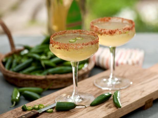 К Международному дню Маргариты: рецепты легендарного коктейля для приготовления дома - фото №3