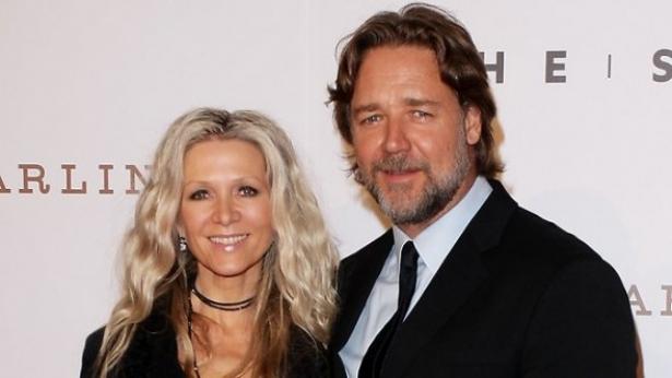 Рассел Кроу с женой
