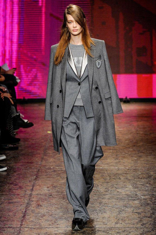 Неделя моды в Нью-Йорке: черные цвета, унисекс и брюки - фото №10