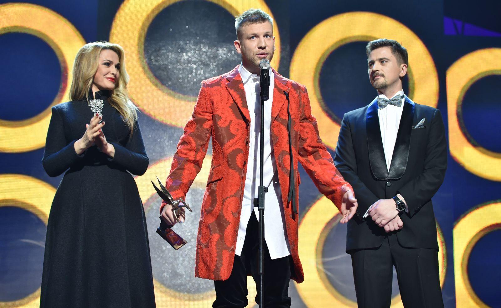 Лучшие и худшие наряды премии YUNA 2015