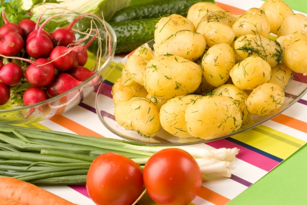 Как приготовить молодой картофель: рецепты на заметку - фото №1