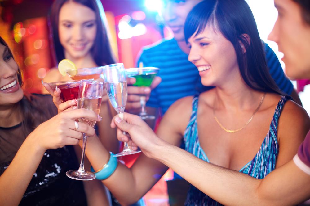 5 ярких коктейлей с шампанским: открываем новый вкус игристого вина - фото №2