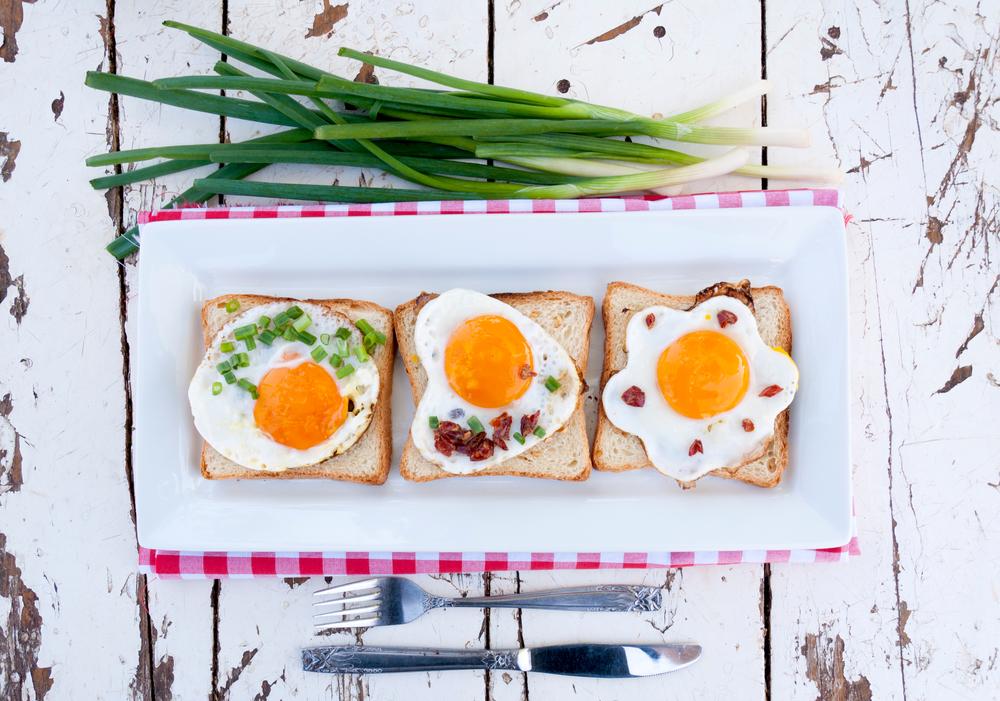 Оригинальные рецепты яичницы: как готовят яйца в других странах - фото №2