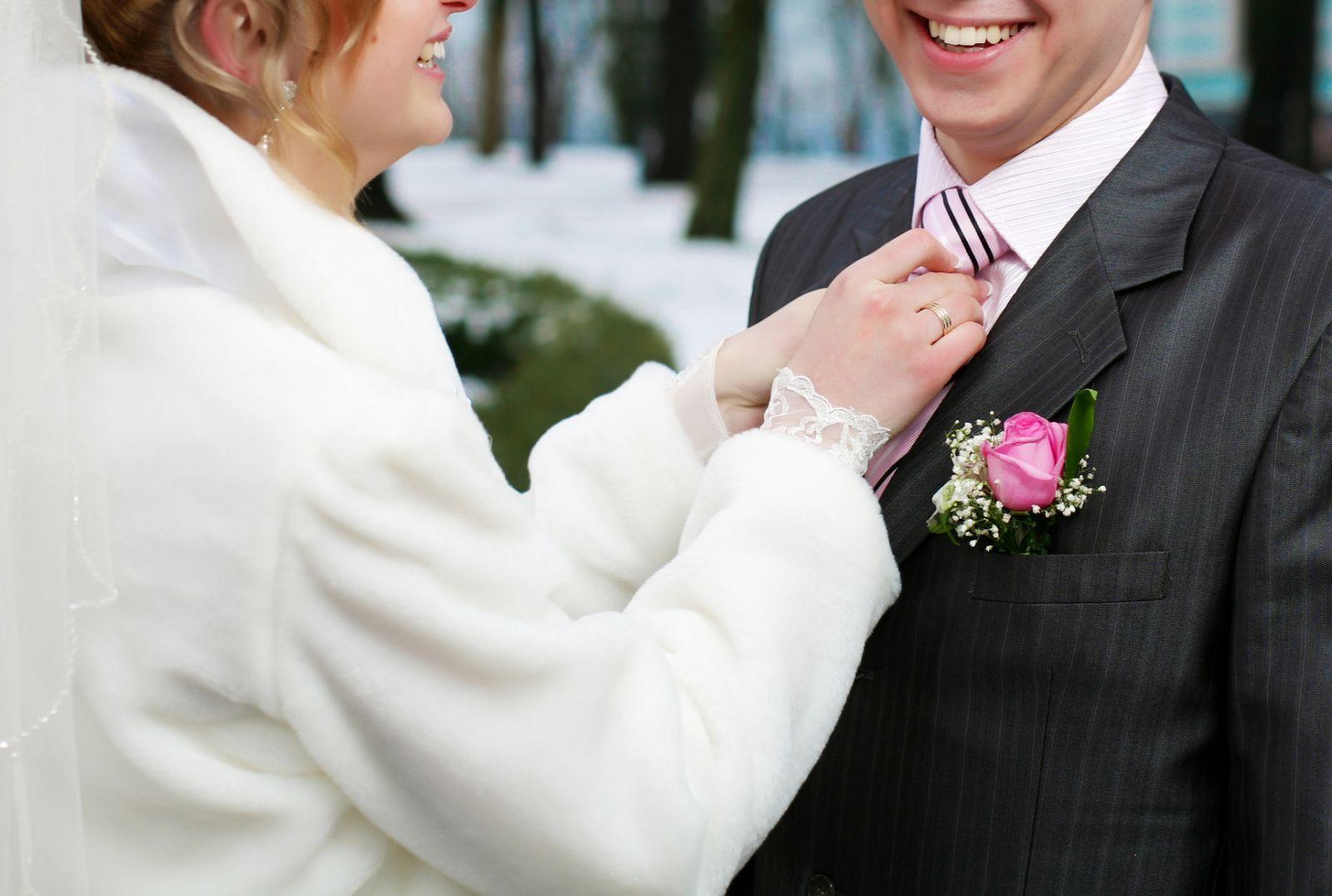 Свадьба зимой: что надеть? - фото №2