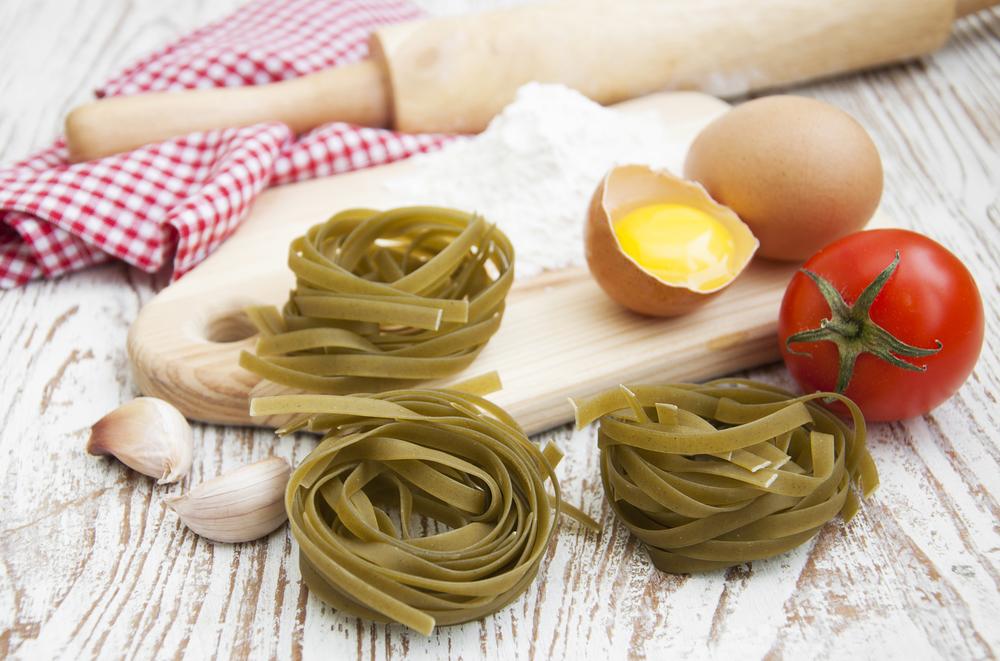 Итальянские рецепты от шеф-повара: паста, мясо sous-vide, мороженое с горчицей и соусы - фото №2