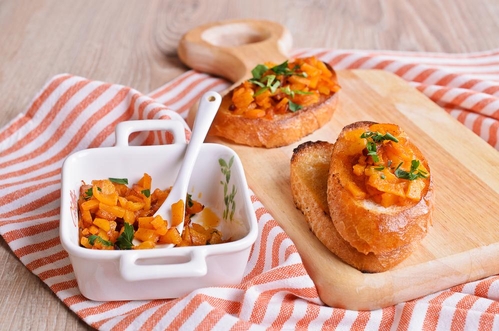 Рецепты брускетты: как приготовить заманчивую итальянскую закуску - фото №2