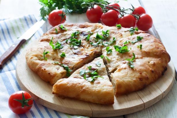Рецепт хачапури с сыром: готовим любимое блюдо грузинской кухни - фото №3