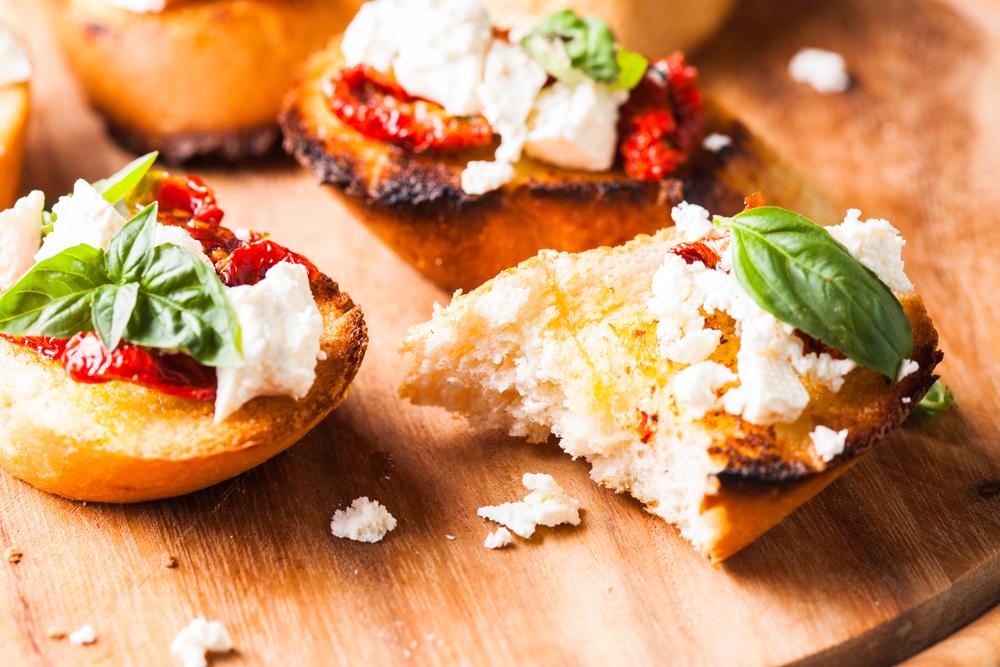 Рецепты брускетты: как приготовить заманчивую итальянскую закуску - фото №3