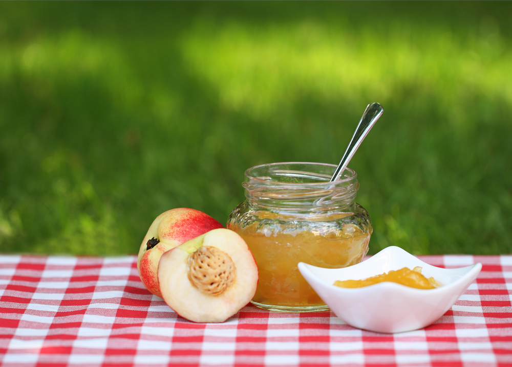 Персиковое варенье: легко варить и невероятно вкусно лакомиться - фото №1