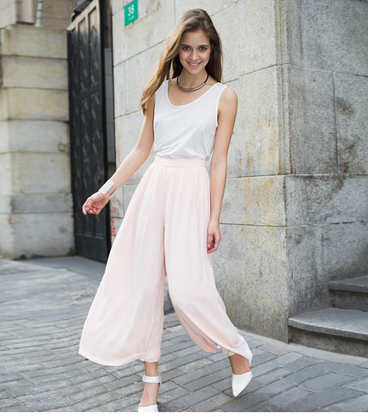 Тренд: модные брюки-кюлоты - фото №18