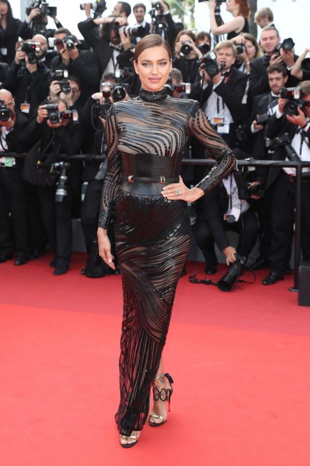 Вот это мама: Ирина Шейк показала стройную фигуру в прозрачном платье на Каннском кинофестивале-2017 (ФОТО) - фото №1