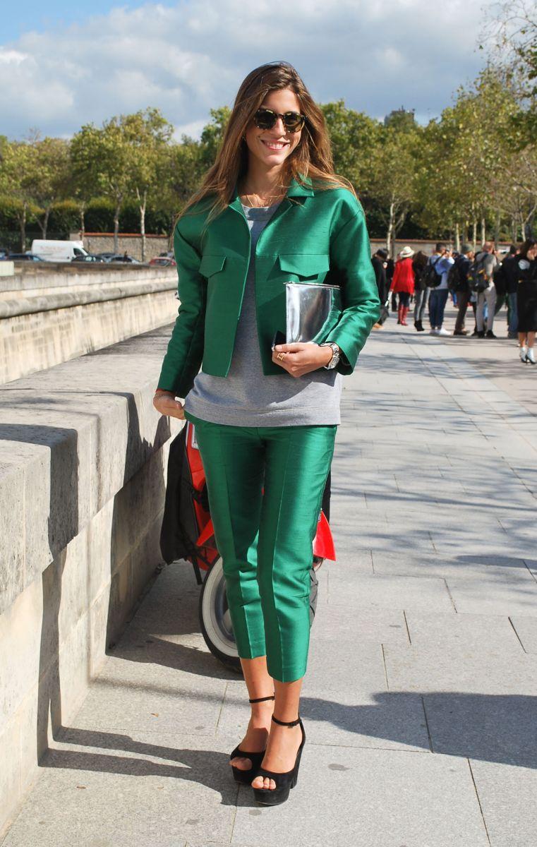 Тренд: изумрудно-зеленый цвет - как и с чем носить - фото №16