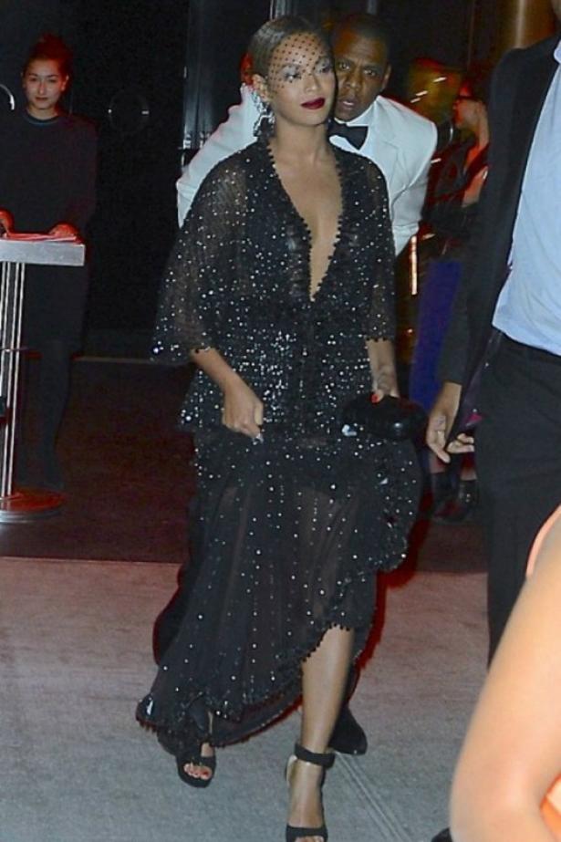 Джей Зи и Бейонсе в тот злополучный вечер на вечеринке Met Gala, 2014 год
