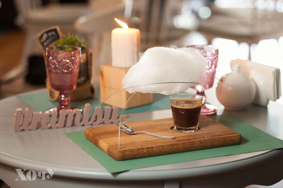 Где в Киеве можно попробовать семь видов тирамису и кофе со сладким облаком: Tiramisu bar - фото №8