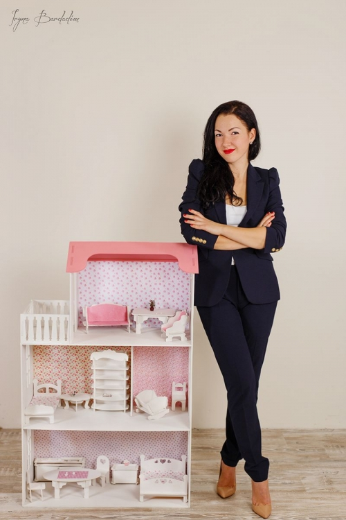 Почему главный бухгалтер решила делать кукольные домики. Бизнес-история мамы-карьеристки - фото №2