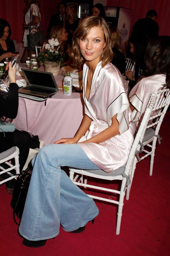 Шоу Victoria`s Secret 2013: подиум, бэкстейдж и красная дорожка - фото №10