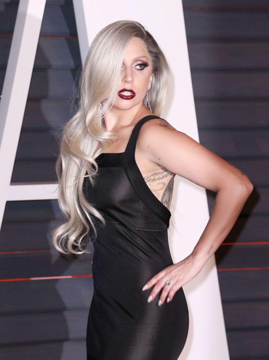 """Леди Гага об изнасиловании: """"Я винила себя в том, что произошло"""" - фото №5"""