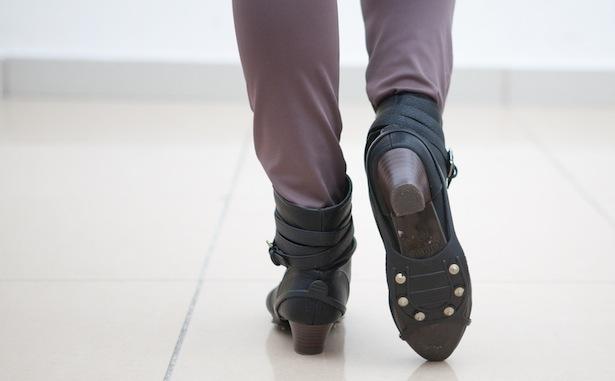 Как удержаться на ногах: правила передвижения в гололед - фото №1