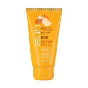 Какой солнцезащитный крем выбрать: рейтинг идеальных средств для защиты кожи лица и тела - фото №8