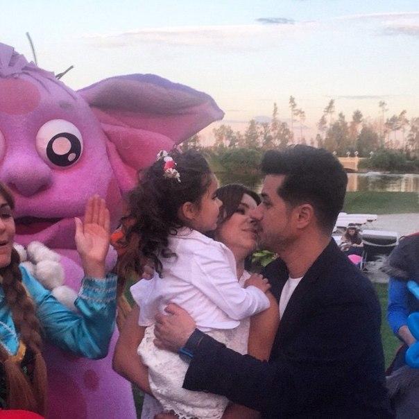Ани Лорак показала дочь: фотографии с празднования 4-летия девочки - фото №1