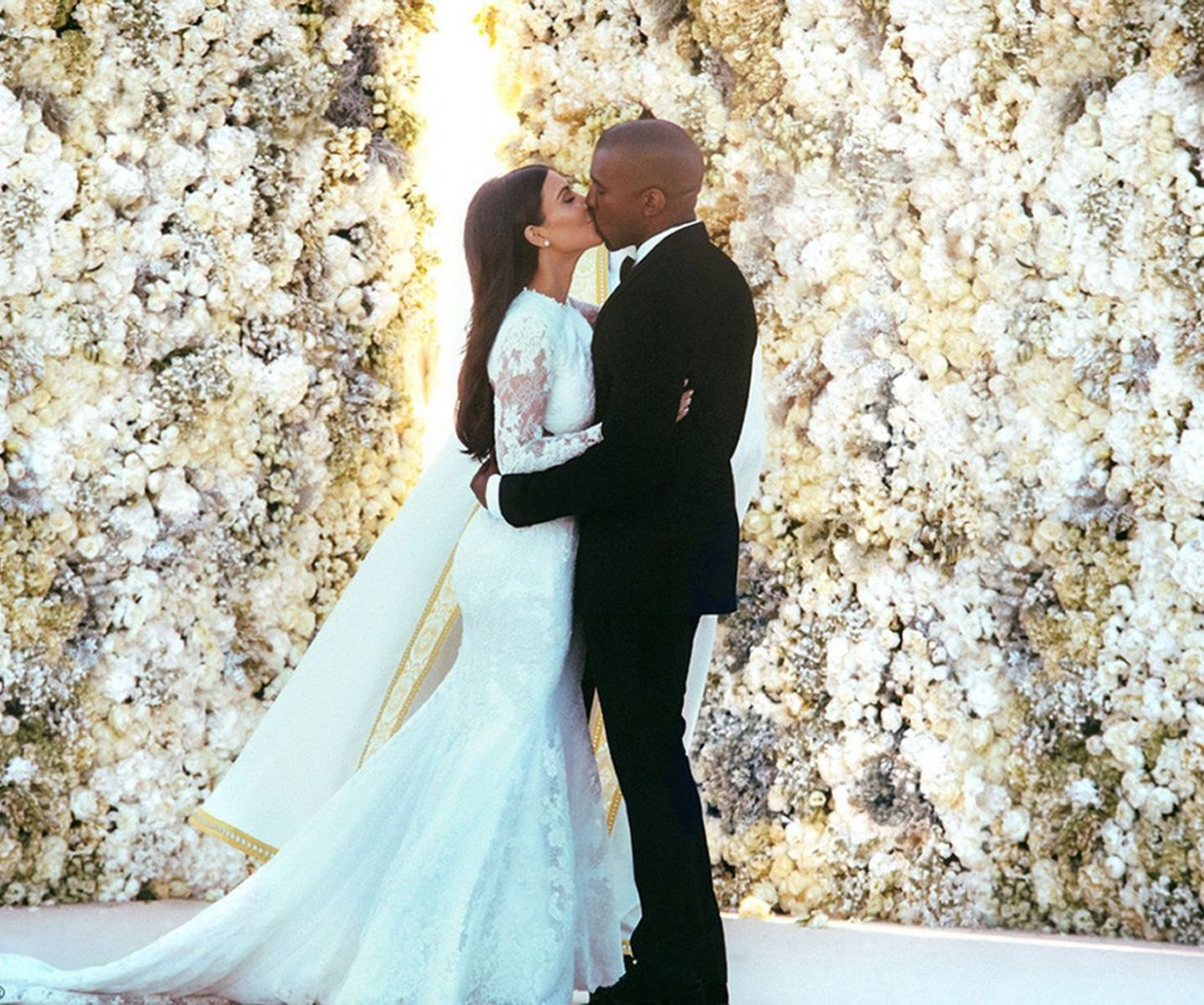 Ким Кардашьян фото свадьба
