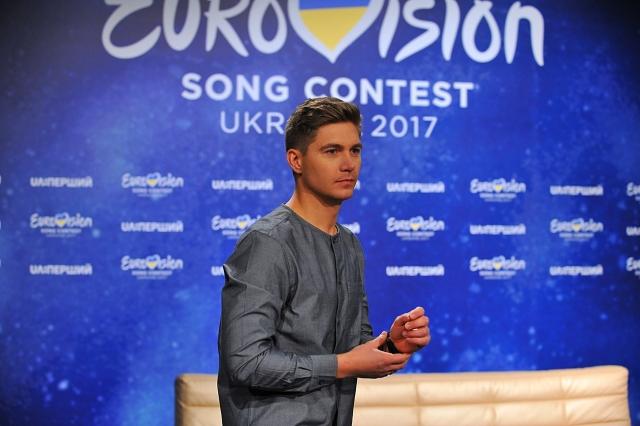 Владимир Остапчук спел песню Олега Винника в интервью (+ВИДЕО) - фото №1
