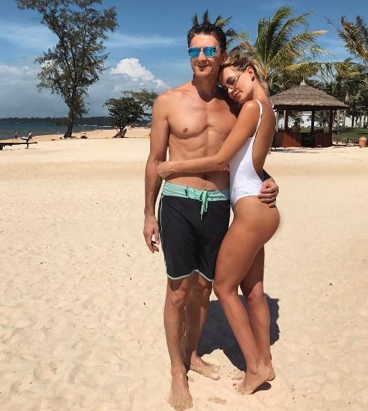 """Глюкоза про отношение мужа к ее Instagram: """"Он жалуется, что подписчикам достается больше красоты"""" - фото №2"""
